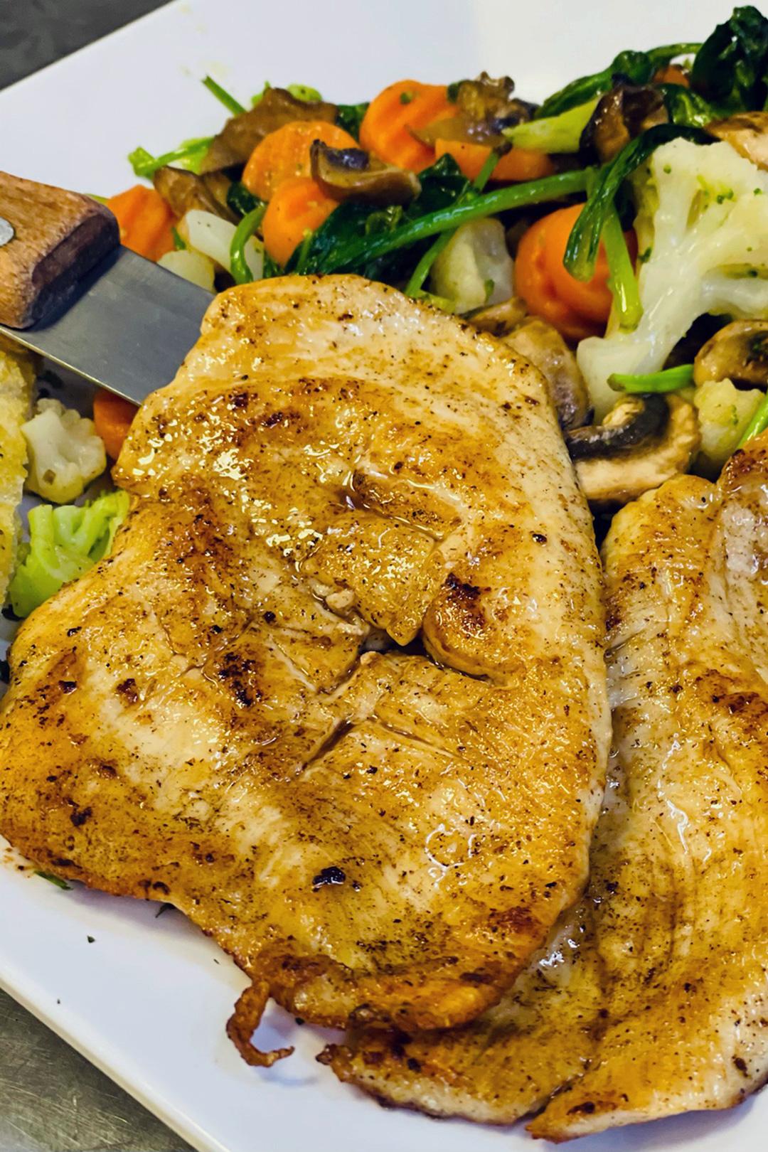 Chicken with Veggies Fried Ravioli Elizabeth's Pizza Thomasville